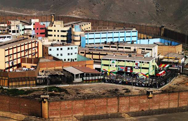 11.) San Juan de Lurigancho, Lima, Peru: This is the toughest prison in South America, it was built to house 2,500 inmates and now holds over 7,000. It has a lax environment where prisoners can buy and sell as well as gamble on cockfights. Visiting prostitutes are common as well.