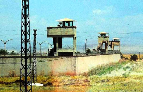 18.) Diyarbakır Prison, Turkey: This prison is known for having the most human rights violations per prisoner. They even incarcerate children for life here. To escape, inmates have committed suicide and set themselves on fire.