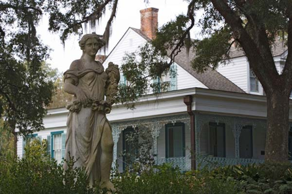 7.) Chloe at the Myrtle Plantation: There are at least 12 ghosts at Louisiana's Myrtles Plantation. The most infamous is Chloe, a slave owned by Clark and Sara Woodruff. Her ear was cut off for eavesdropping and forced to be a mistress. In revenge, Chloe baked a birthday cake poisoned with extract of oleander leaves, which killed Sara and her two daughters. Chloe was found guilty and hanged.