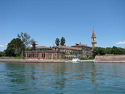 8.) Isla de Poveglia